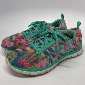 Sketchers Shoes